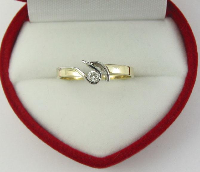 Pierścionek Zaręczynowy Diamor 7002 006ct